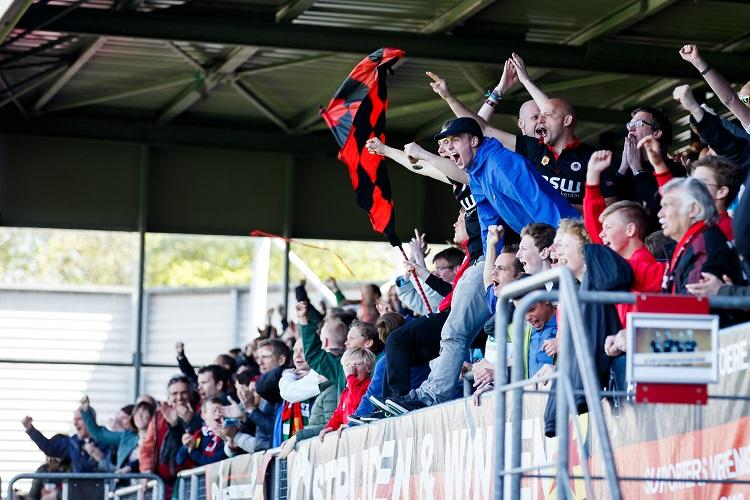 fans of Excelsior celebrate